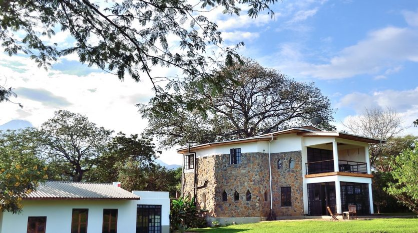 House For Sale In Arusha with 10 Acres-Arusha