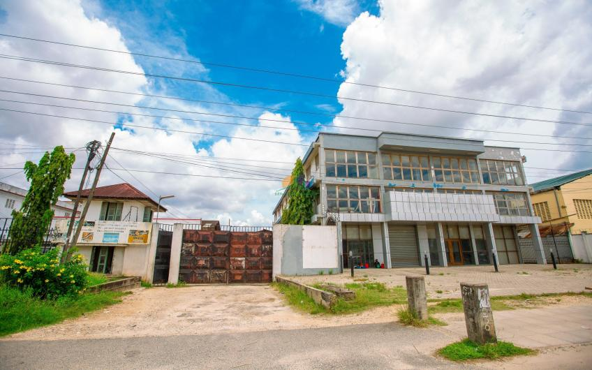 Yard and Office for Sale in Dar es salaam, Tanzania1