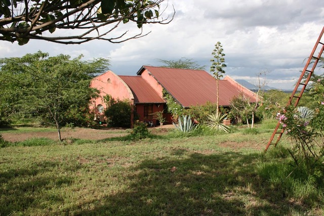 House and land for sale near Kisongo
