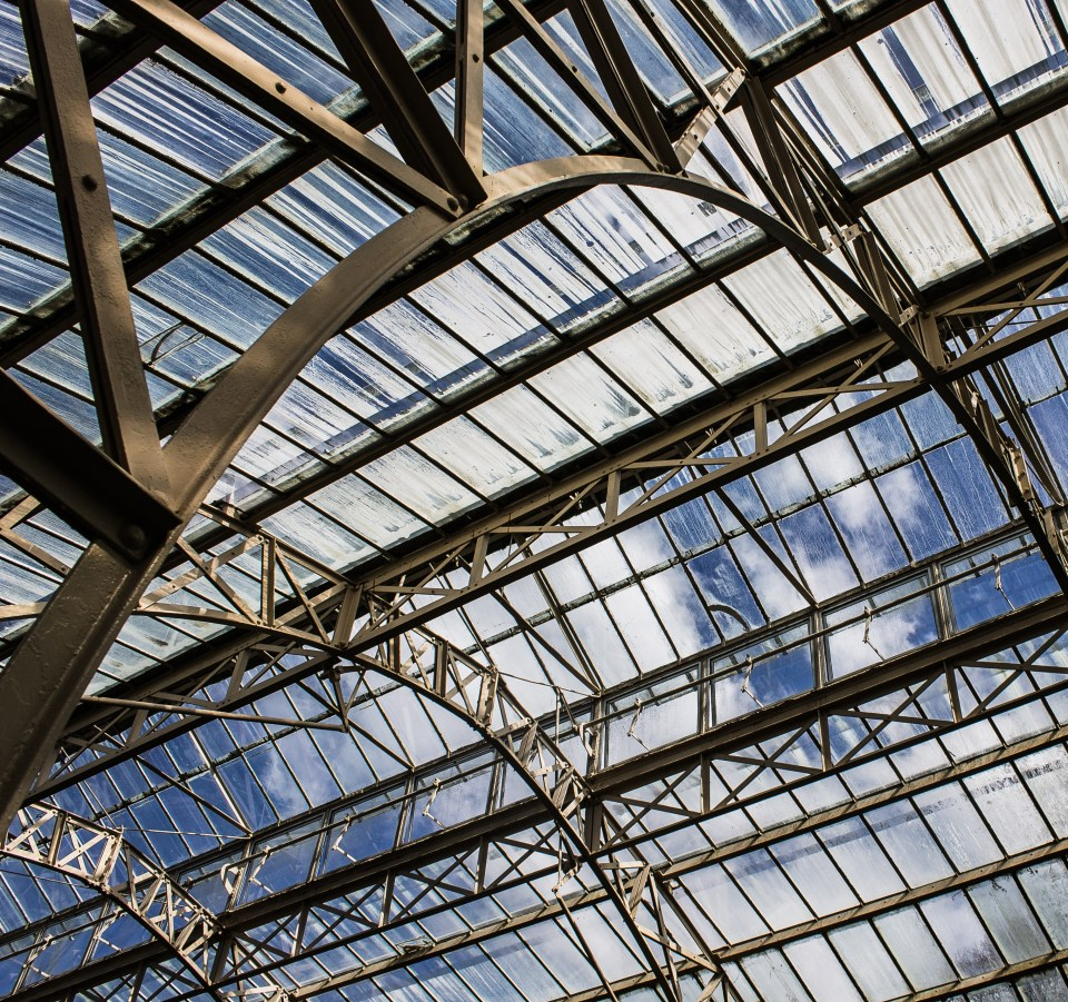 glasshouse structure sky steel arch