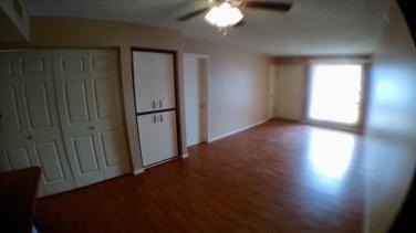 3042-102_Living-Room_2