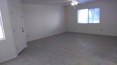 36-105_Living-Room_2