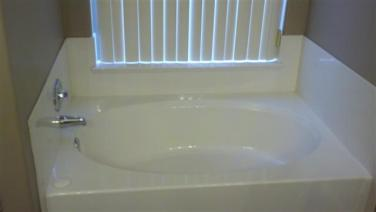 Tremaine_Master-Tub