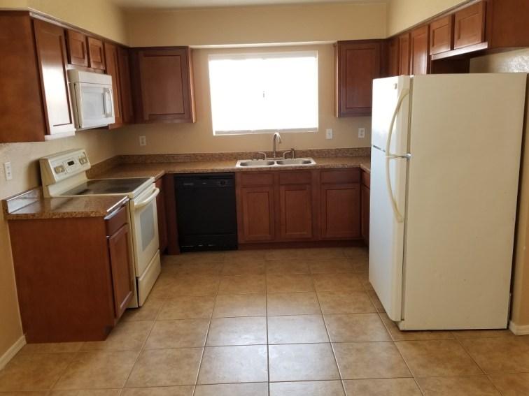 3116_202_Kitchen-3