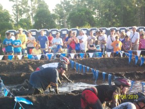 muddy buddy team tigger mud pit
