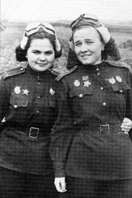 night witches katyanadia02