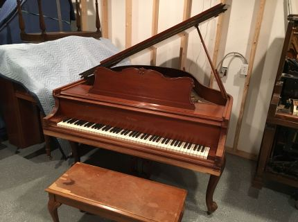 Baldwin Baby Grand