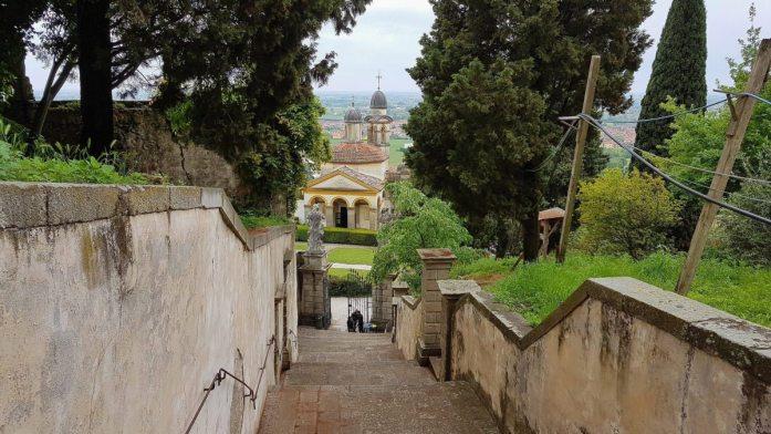 Blick auf die Chiesa di San Giorgio in Monselice.