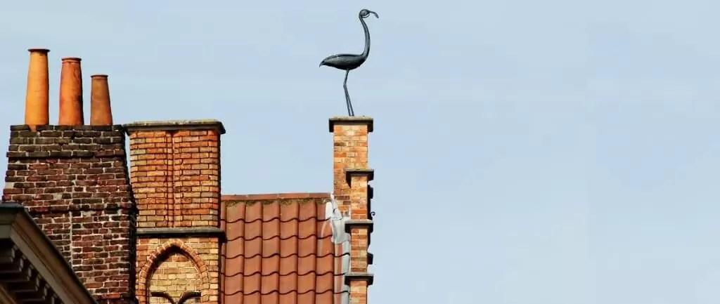 Bruges, sculpture sur toit