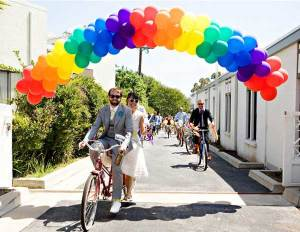 Ballonnen in alle kleuren van de regenboog