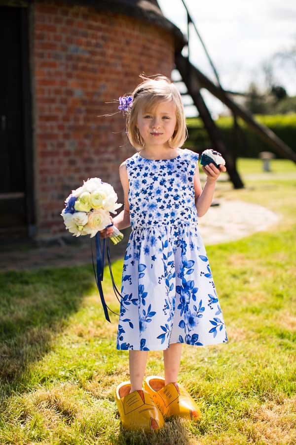 Bruidsmeisje in Delfts blauw