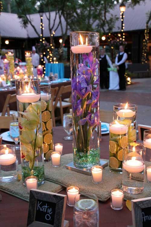 Bruiloft decoratie drijfkaarsen