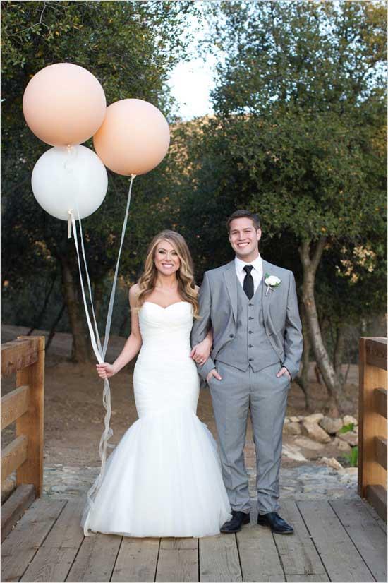 Alyssa Marie Photography via Wedding Chicks