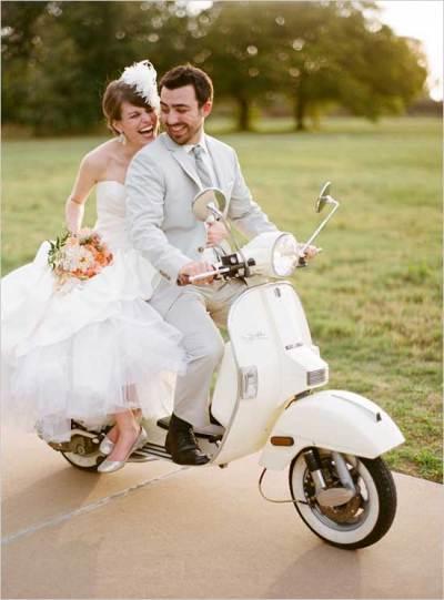 Scooter als origineel trouwvervoer