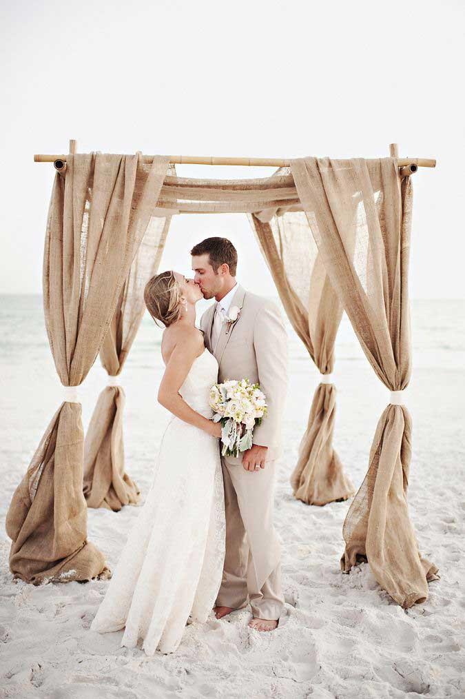 Oeil Photography via Mod Wedding