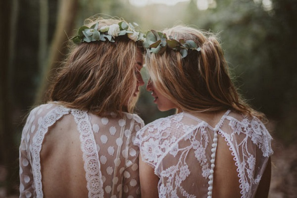 Twee bohemian bruiden