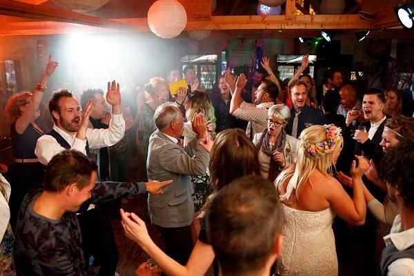 Dansvloer tijdens bruiloft