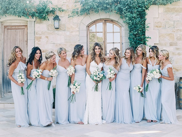 Bruidsmeisjes op Amerikaanse bruiloft