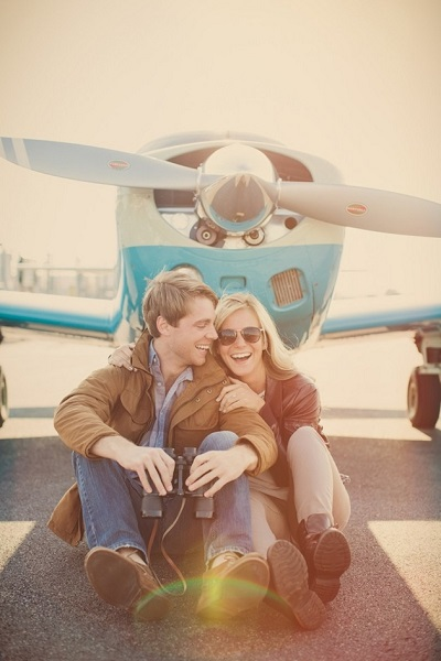 Verlovingsshoot met thema reizen