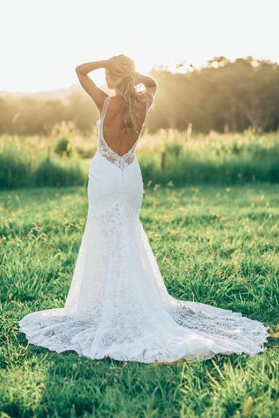bruidsjurk open lage rug