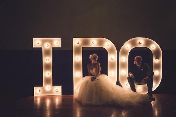 Bruiloft letters decoratie