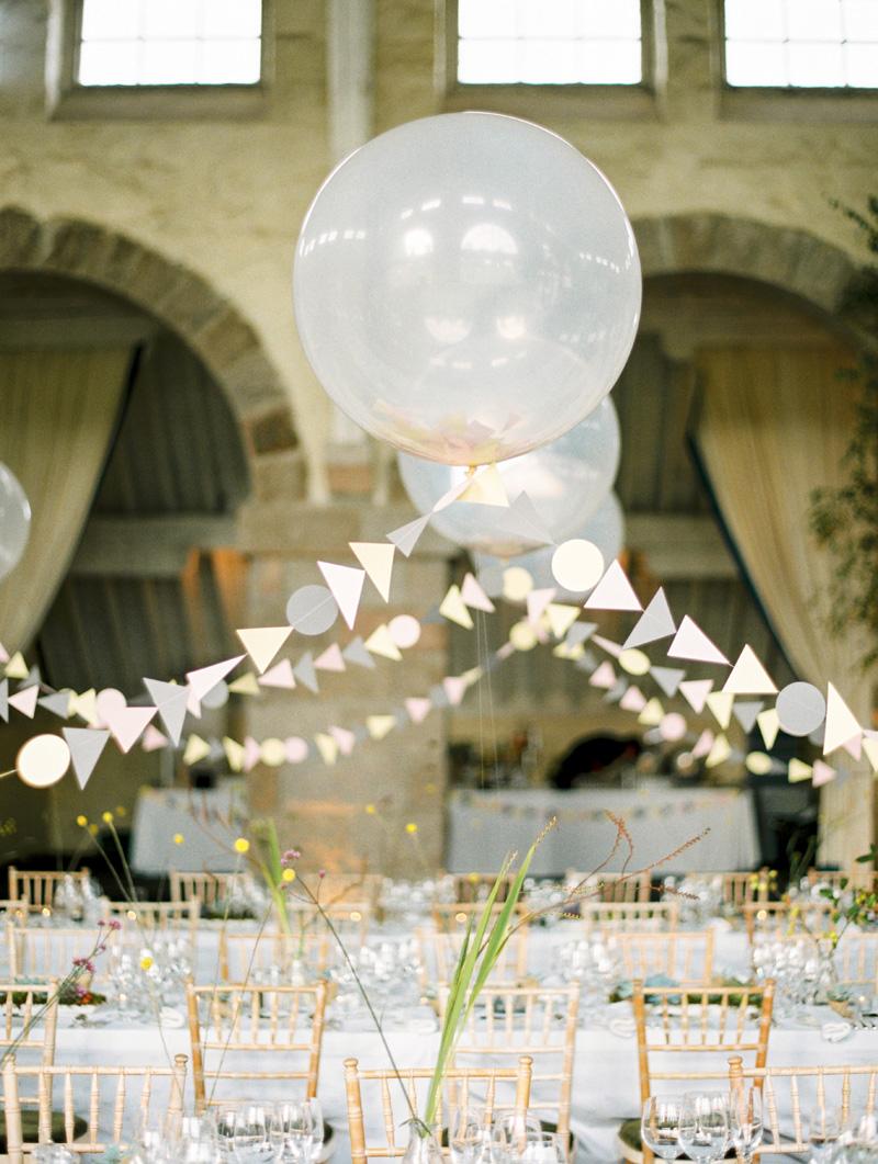 Grote bruiloft ballonnen als decoratie