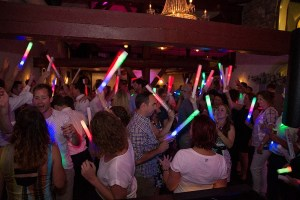 LED foam sticks op bruiloft