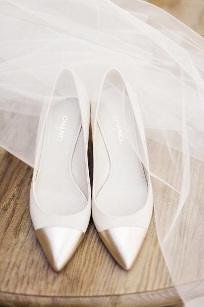 Witte trouwschoenen Chanel