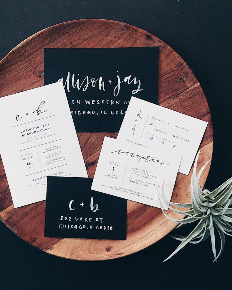 Handletteren op de trouwkaart