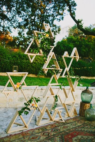 Bruiloft backdrops met geometrische vormen
