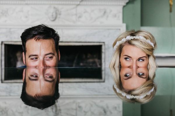 Bruid en bruidegom weerspiegeling