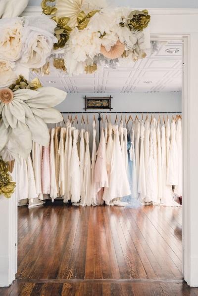 Trouwjurk kopen in een bruidsmodezaak
