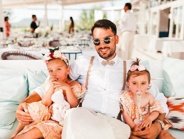 Bruidegom met twee kinderen