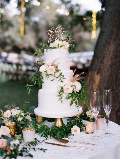 Bruiloft decoratie taarttafel