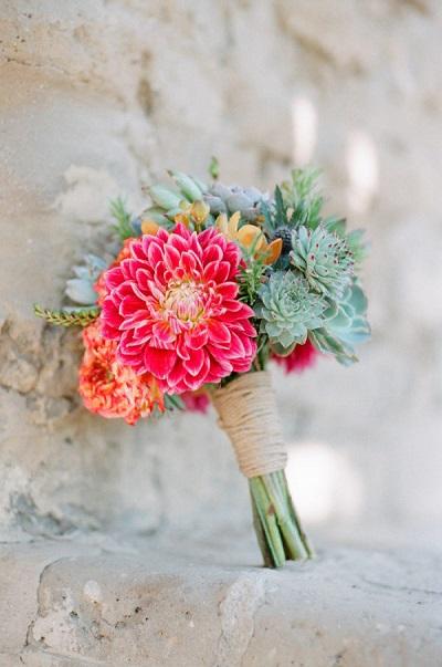 Vetplantjes in bruidsboeket