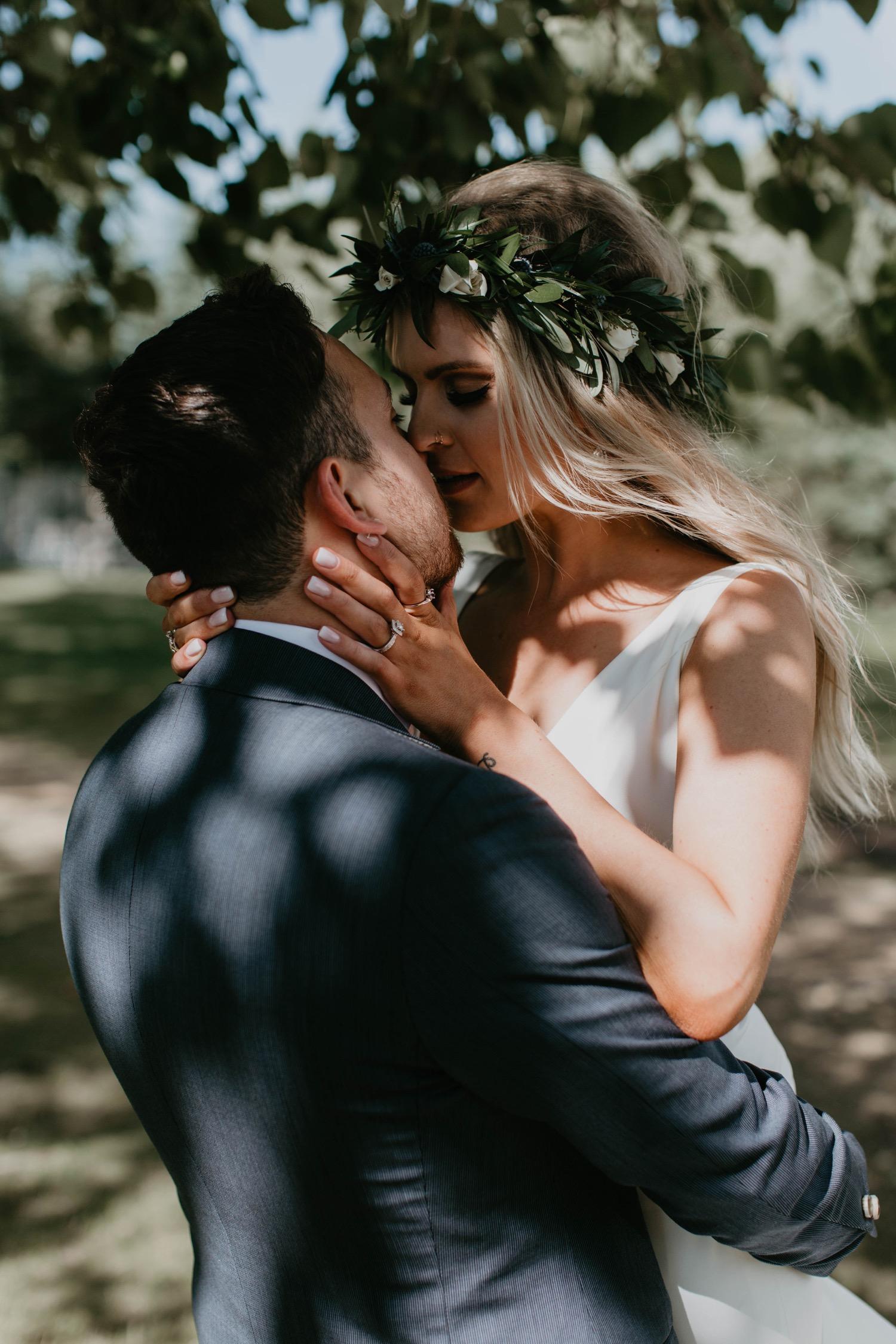 Bruidspaar trouwdatum prikken 2021