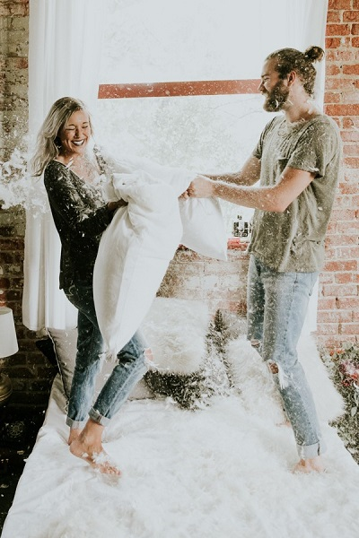 Verlovingshoot in eigen huis
