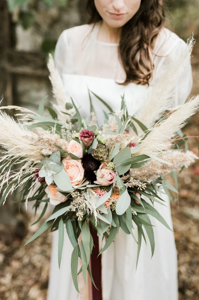 Bruidsboeket met grassen