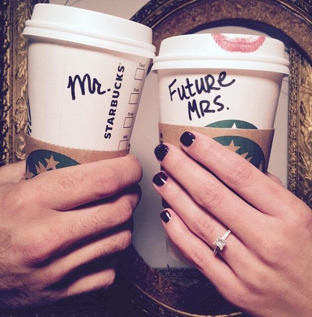 Foto voor verloving met de tekst Mr. en Future Mrs.