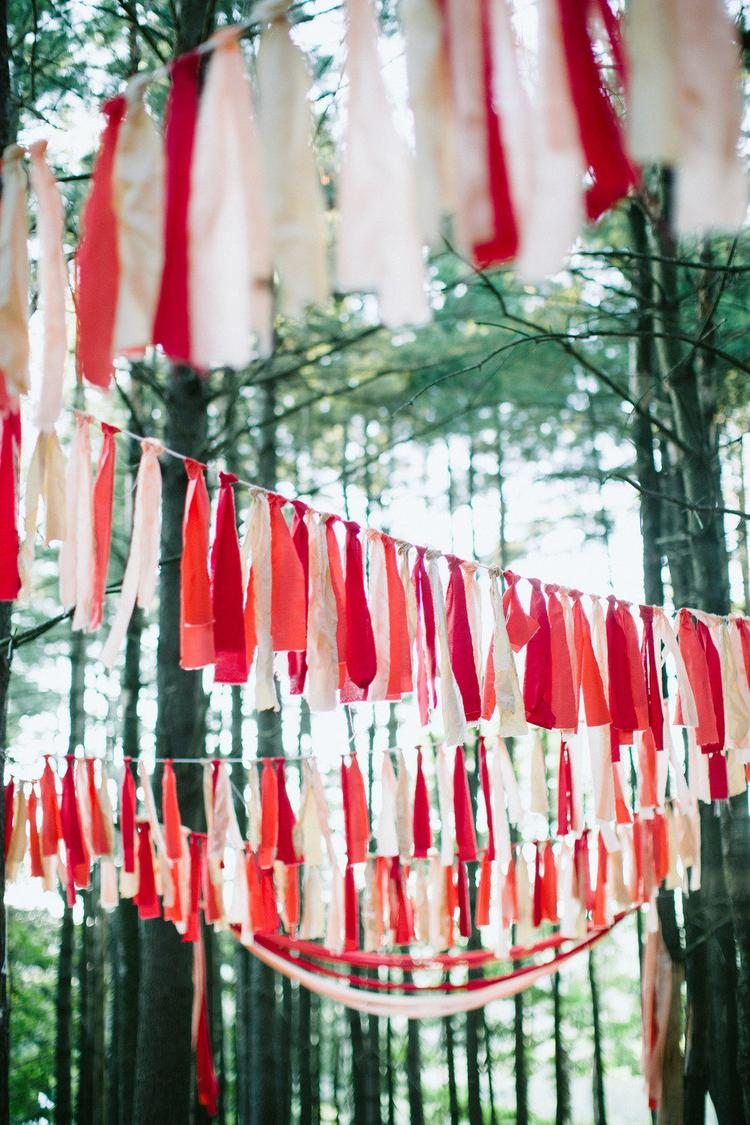 Rood als thema kleur op de bruiloft