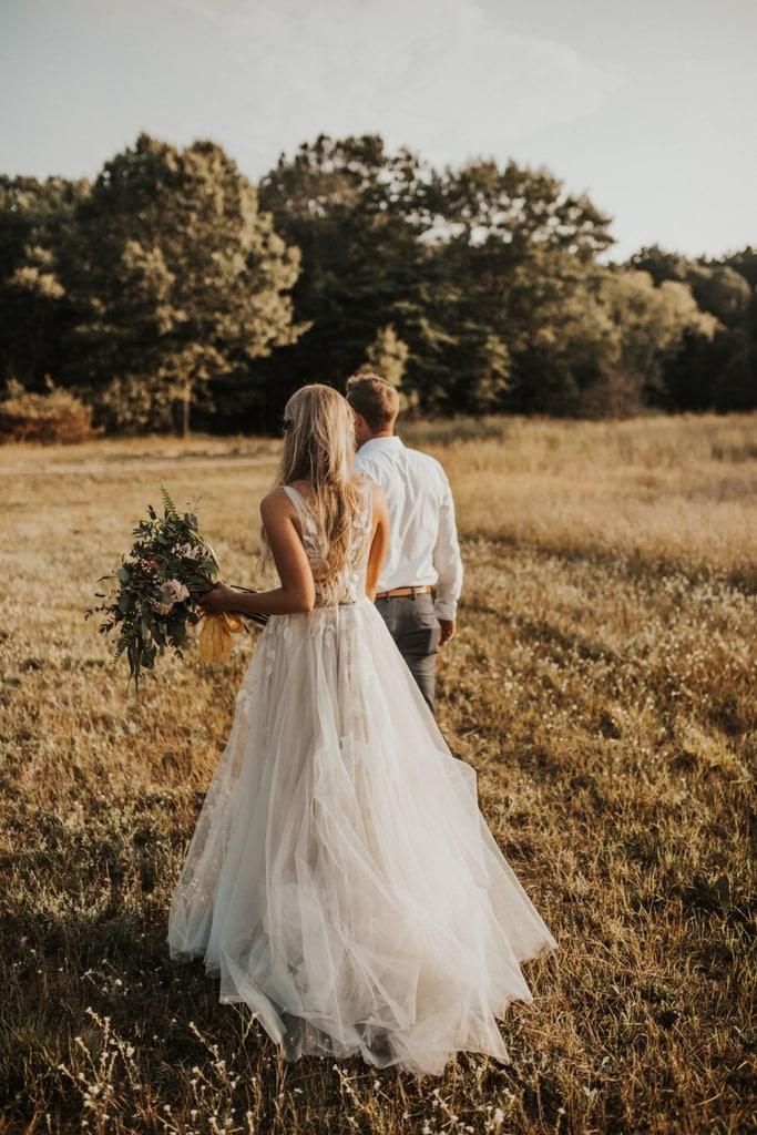 Bruidspaar trouwen in het buitenland