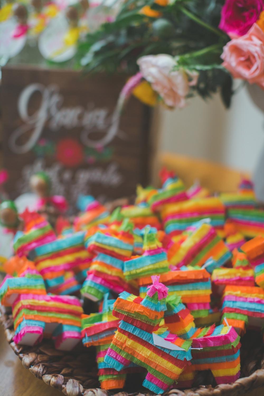 Piñatas als trouwbedankje