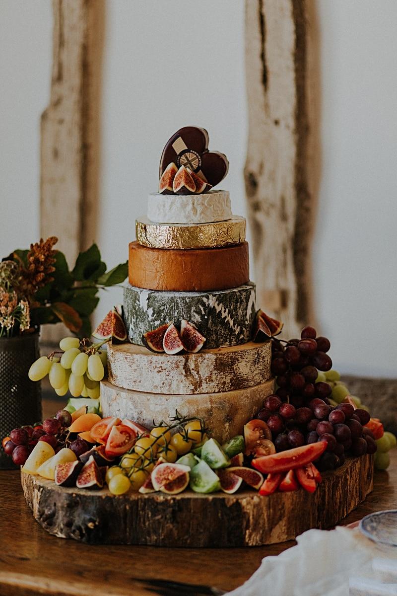 Bruidstaart gemaakt van kaas