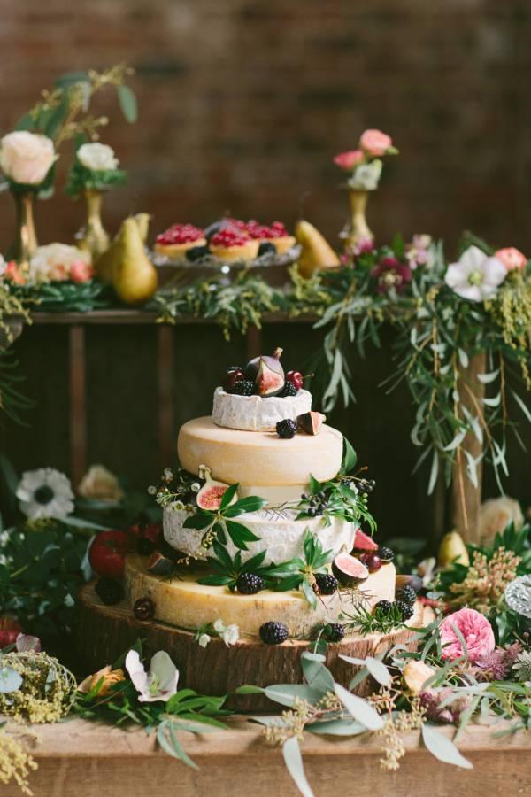 Hartige taart voor bruiloft