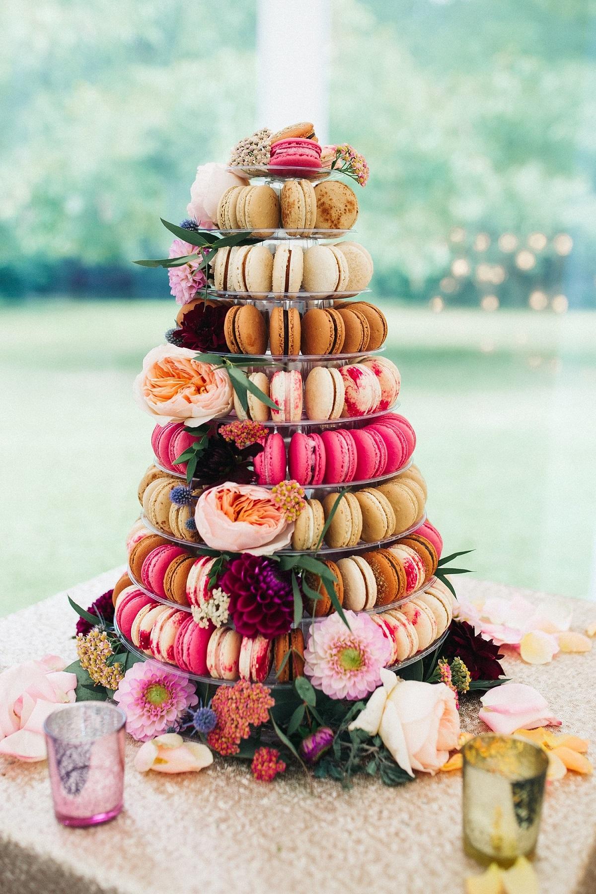 Bruidstaartstandaard met macarons