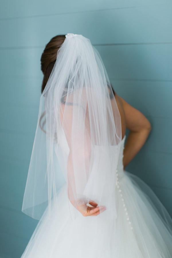 Bruid met korte sluier