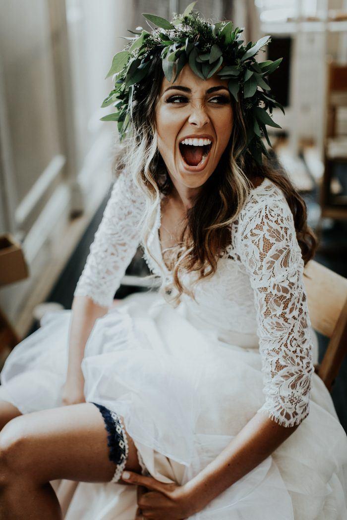 Bruid met kousenband