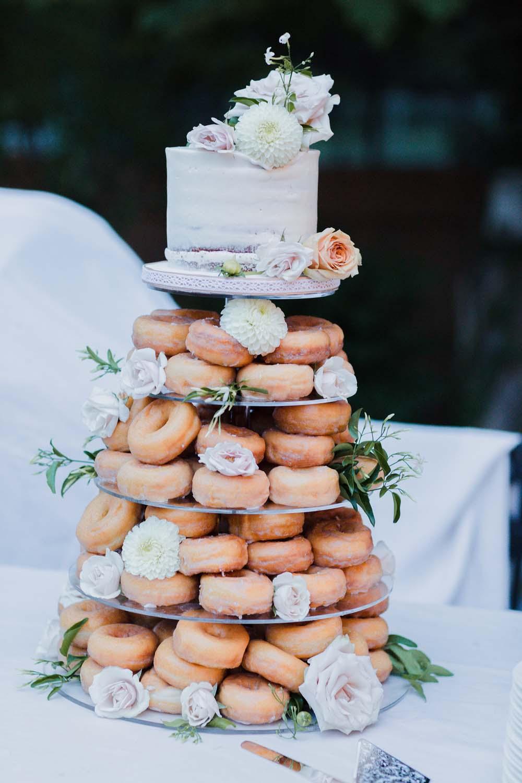 Bruidstaart met donuts