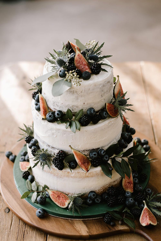 Bruidstaart met vijgen en vers fruit