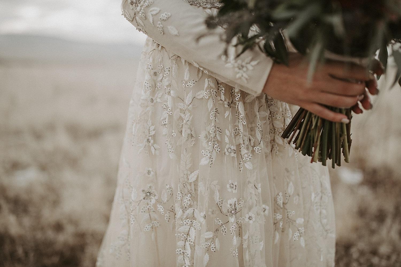 Bruidsjurk bruid met bruidsboeket